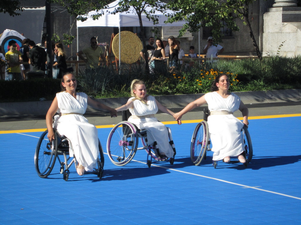 Parata di campioni in piazza a Monza nella Festa dello Sport Paralimpico